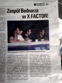 Michał Bednarz zastąpił Ewę Farną w X-Factor (z zespołem Trzynasta w Samo Południe), Kurier Trzebnicki, marzec 2014